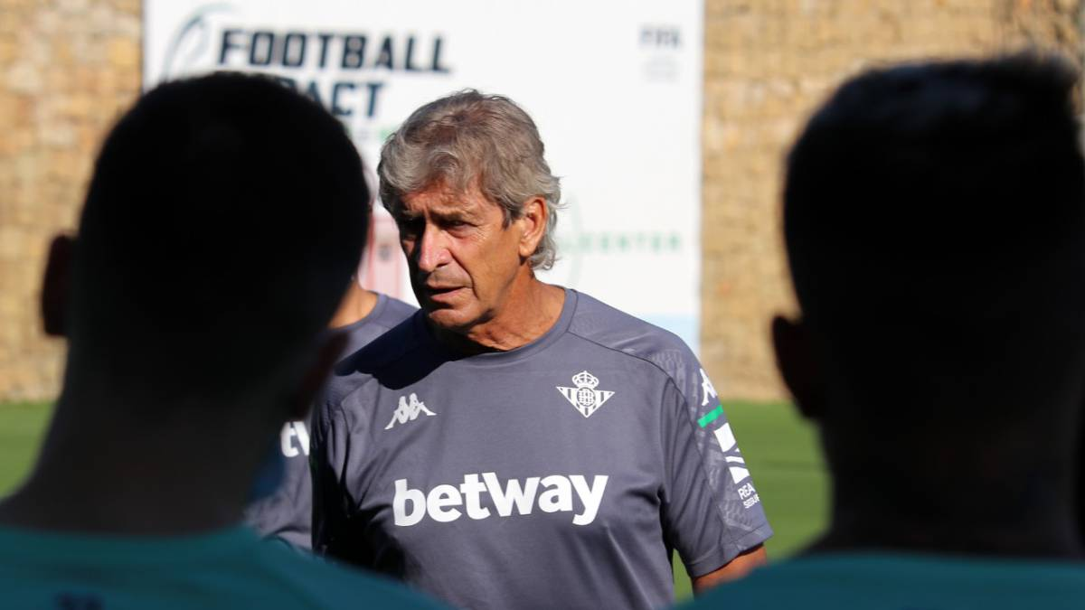 Betis-suspends-two-training-sessions-in-Marbella