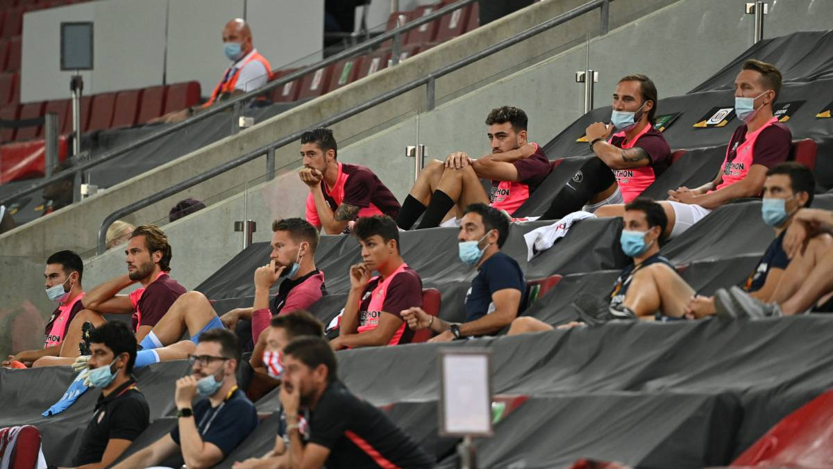Sevilla-asked-UEFA-to-have-fans-in-the-final