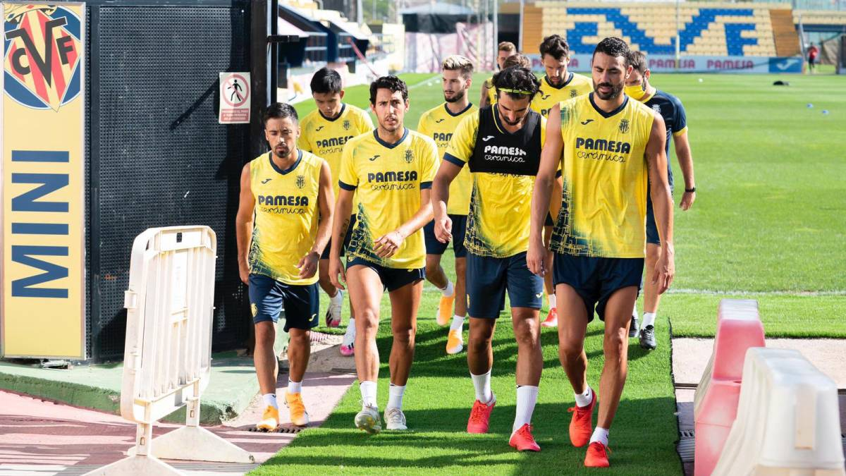 Villarreal-announces-a-new-positive-and-postpones-the-stay