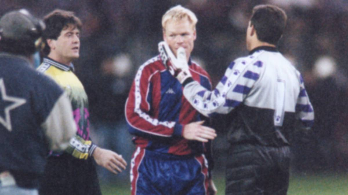 Koeman-and-the-grotesque-who-lived-in-the-1994-95-season