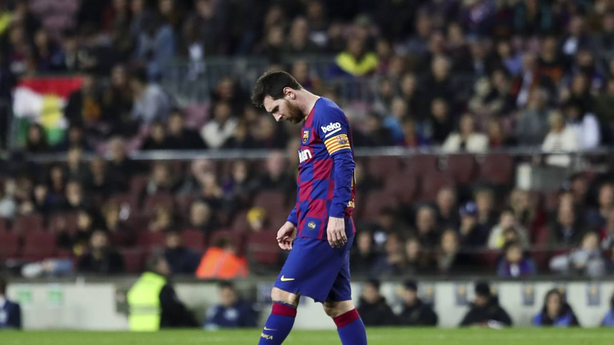 Live-reactions-of-the-possible-departure-of-Messi-from-Barcelona