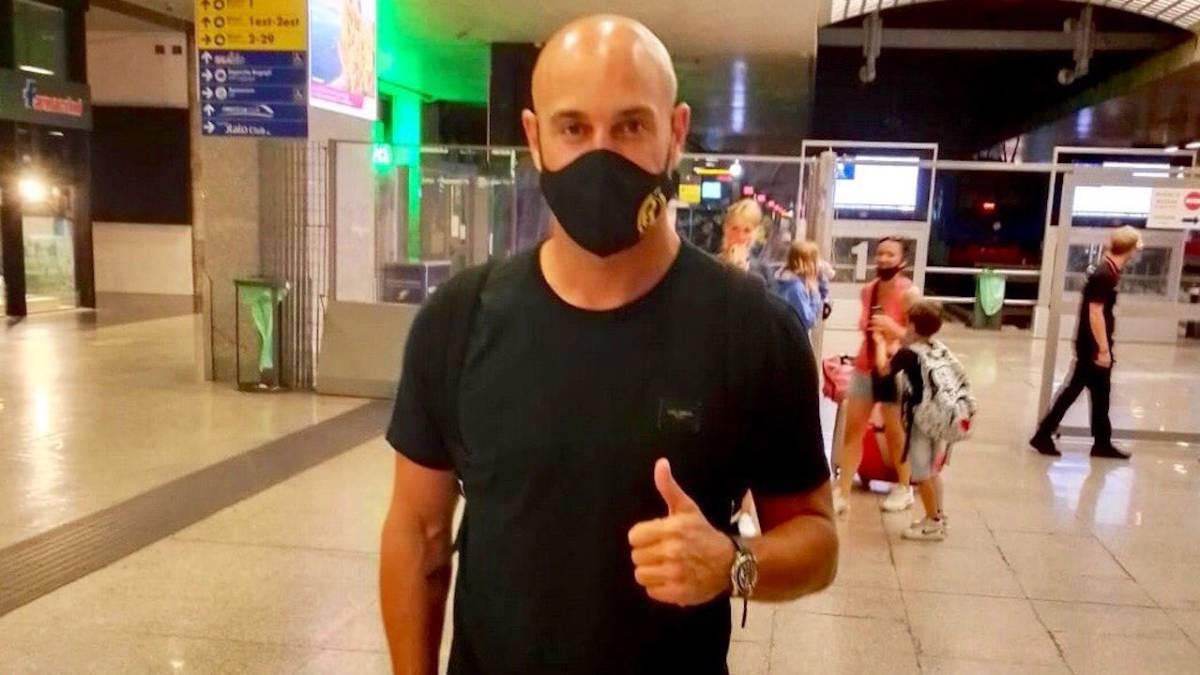 Pepe-Reina-signs-for-Lazio
