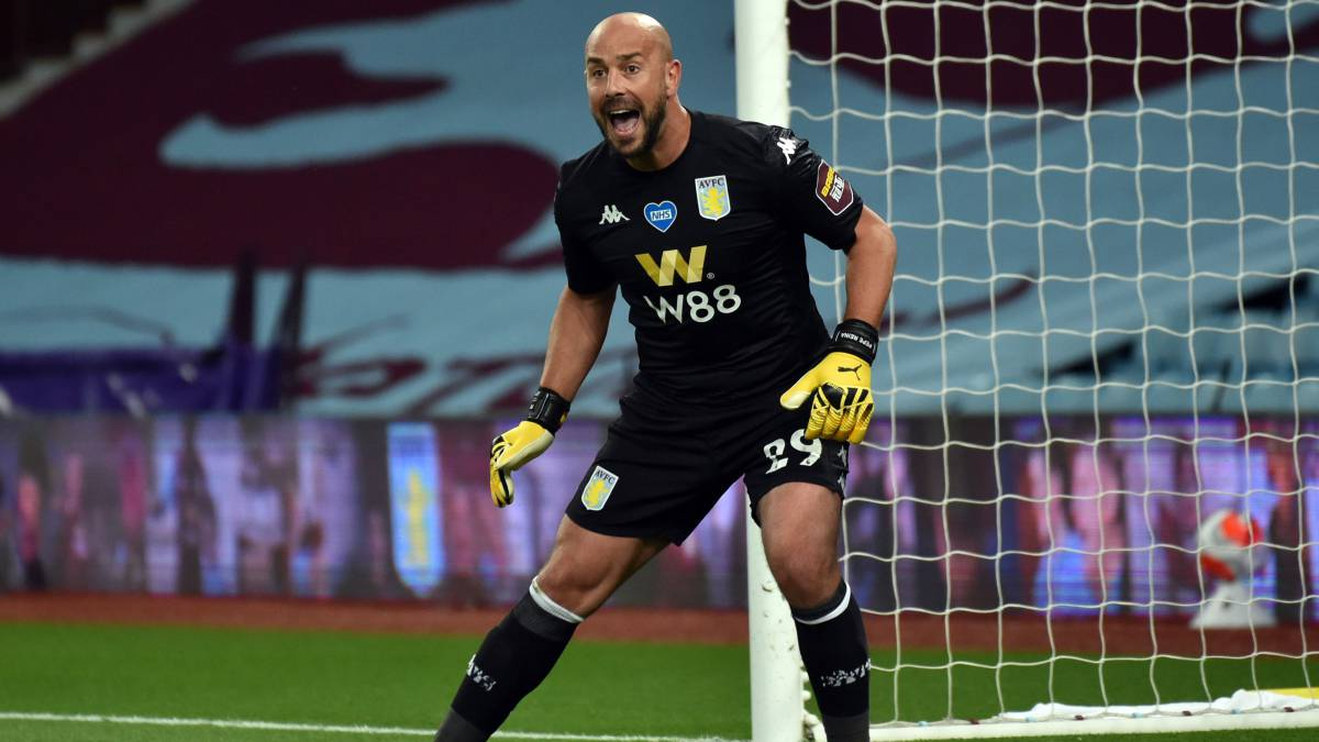 Pepe-Reina-starts-his-adventure-in-Lazio