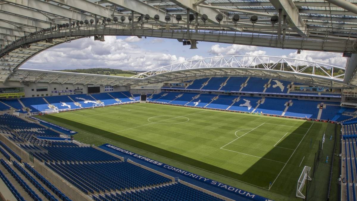 There-will-be-an-audience-at-Saturday's-friendly-Brighton-Chelsea