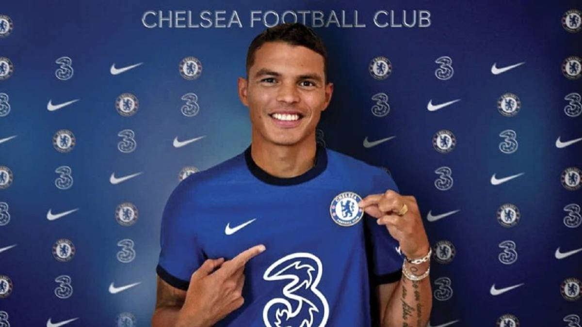 Official:-Thiago-Silva-at-Chelsea