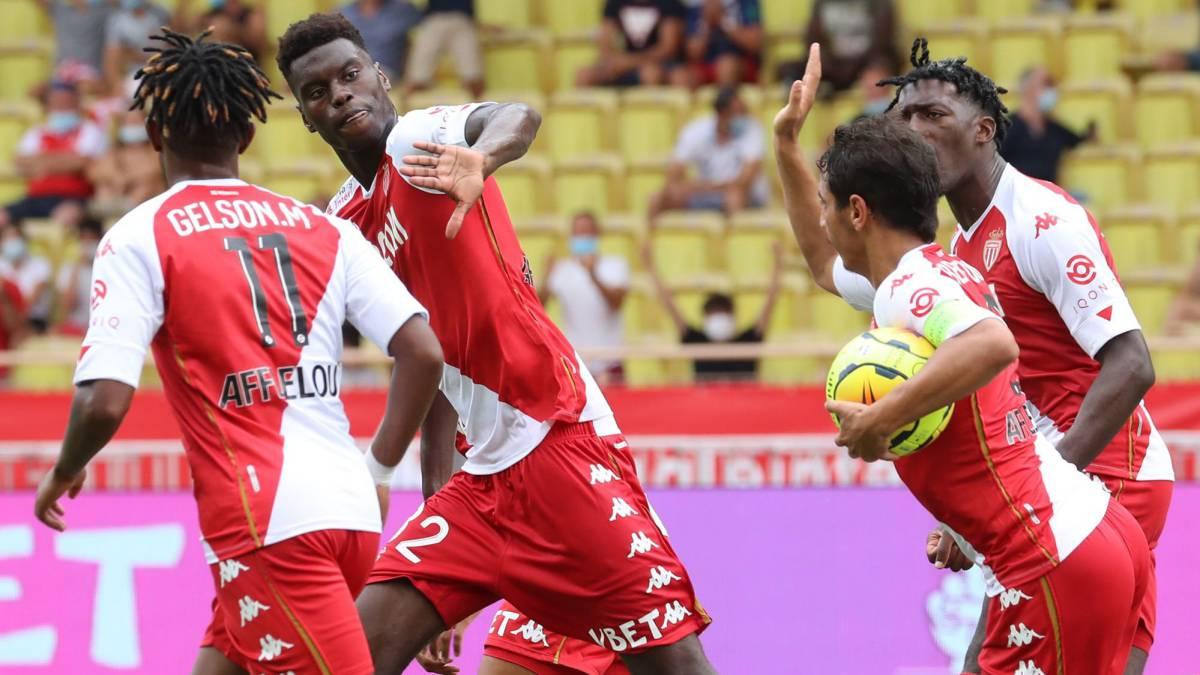 Badiashile-gives-Monaco-victory-against-Metz