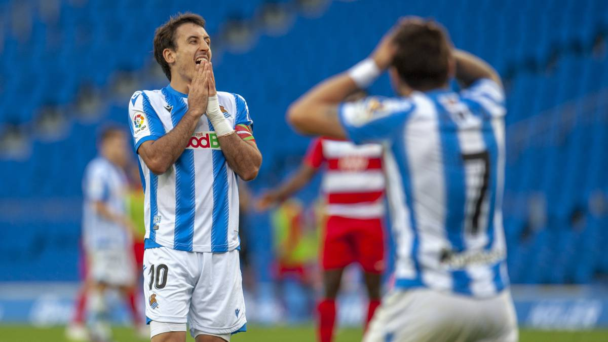 Oyarzabal-positive-hours-after-playing-against-Huesca