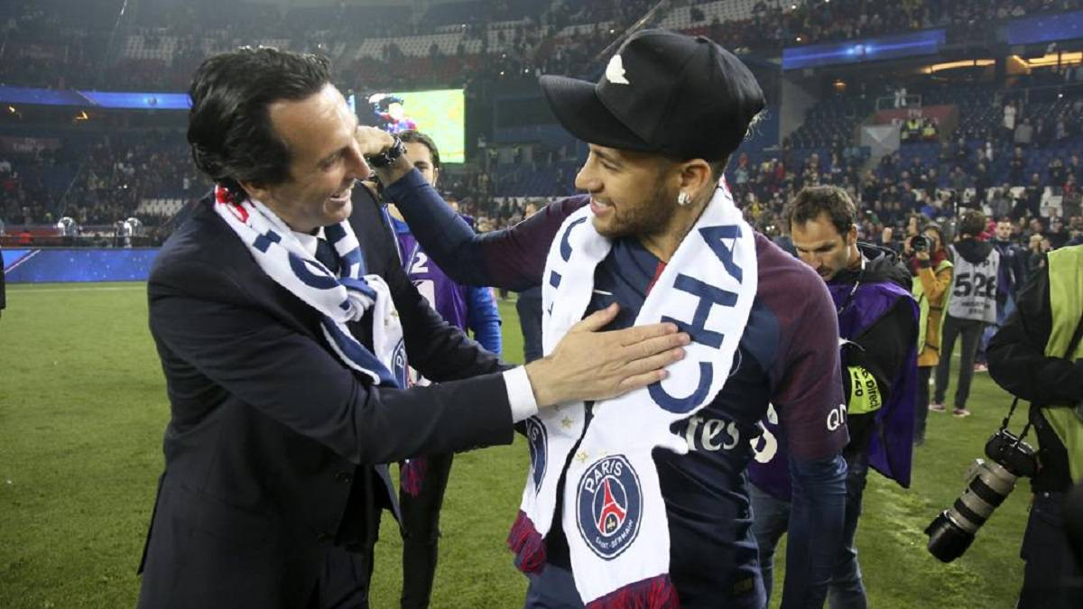 Thiago-Silva's-agent-narrates-the-problems-of-Emery-and-the-stars-of-PSG