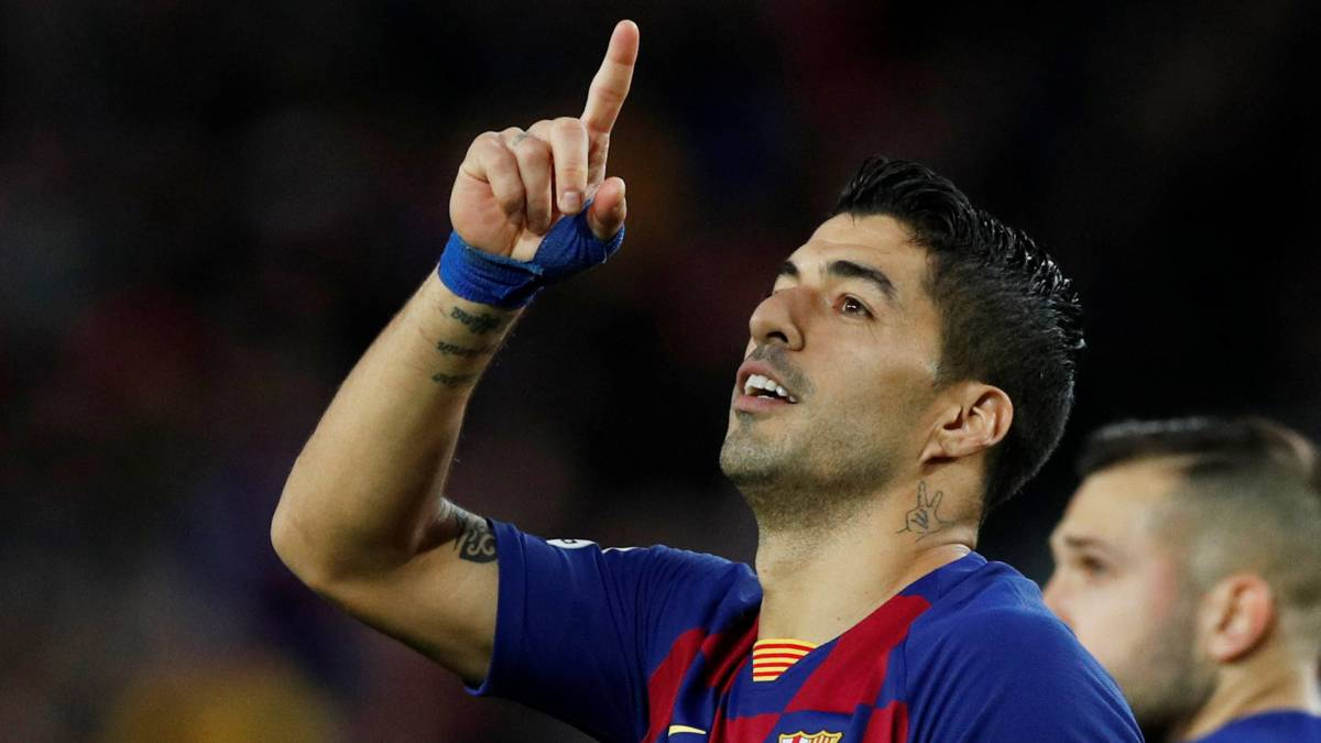PSG-and-Juventus-fight-for-Suárez