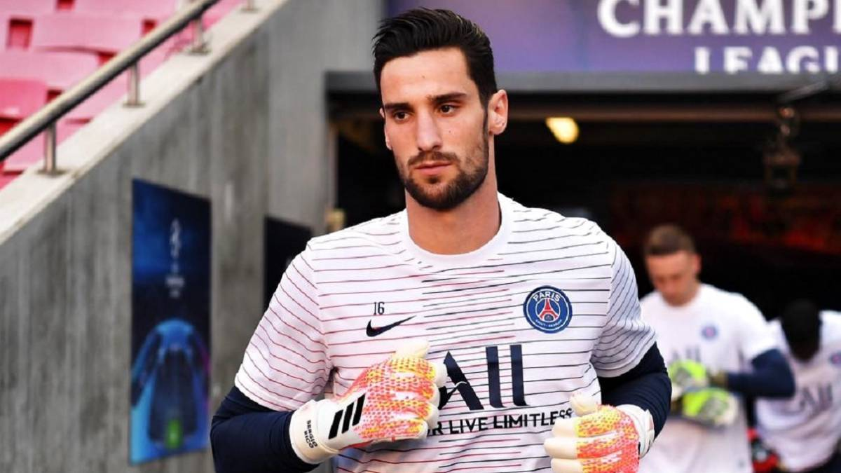 Official:-Sergio-Rico-signs-for-PSG-until-2024