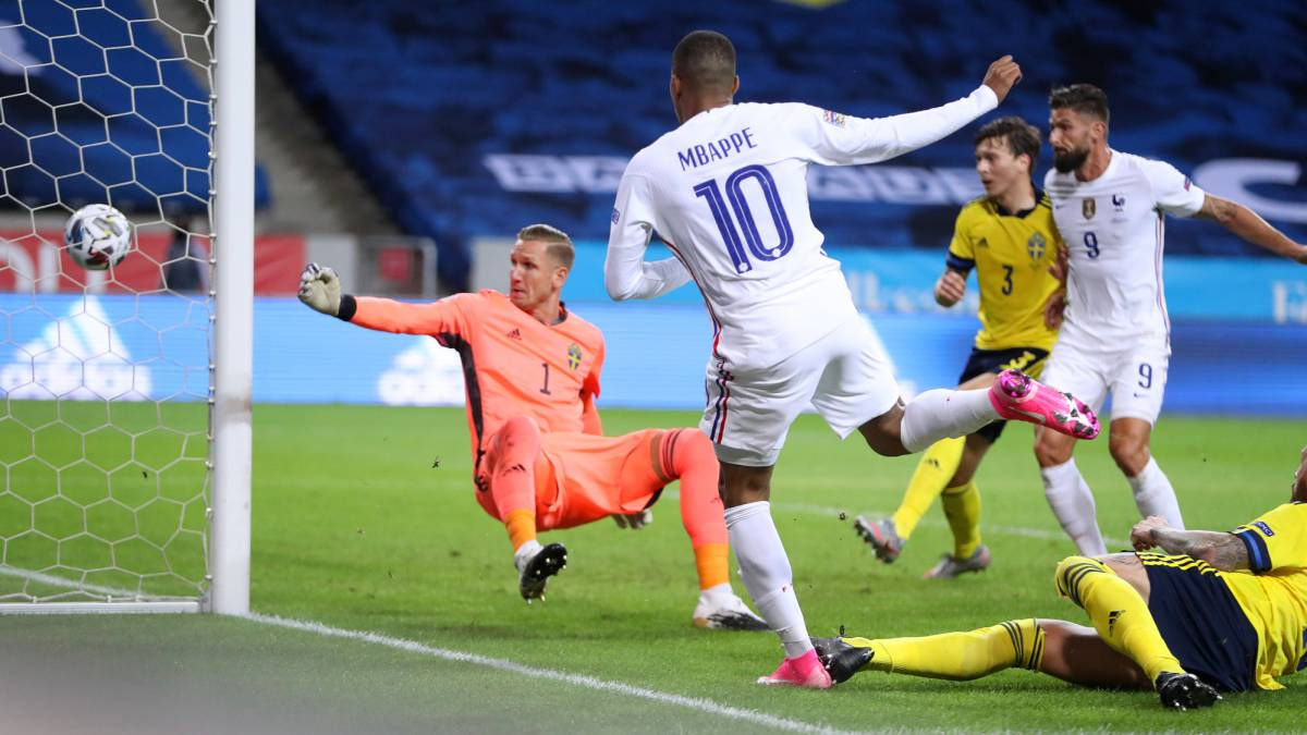 A-genius-of-Mbappé-gives-victory-to-France-in-Sweden