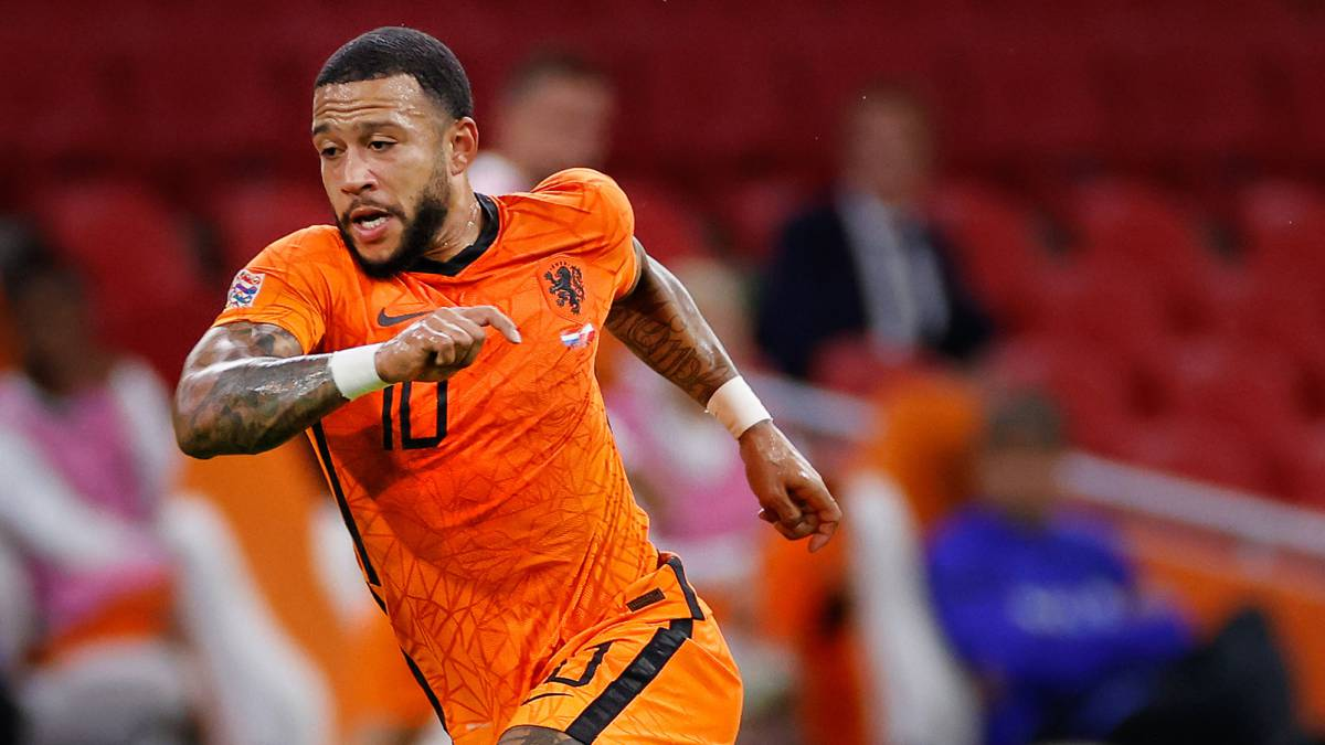 """Depay-admits-the-interest-of-Barça-and-Aulas-stokes:-""""What-nonsense!"""""""