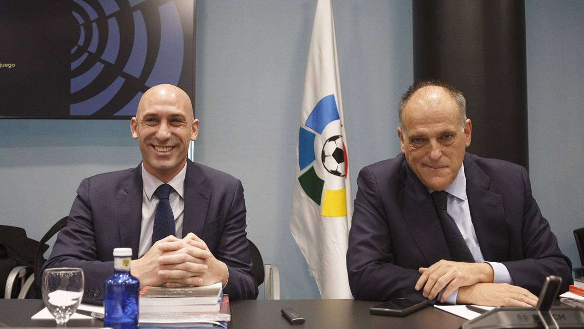 The-RFEF-approves-the-5-changes-for-the-League-and-the-23-summoned