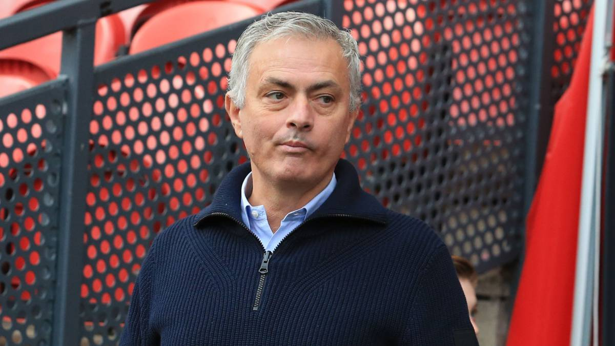 """Mourinho:-""""Messi-can-only-go-to-a-team-that-does-not-respect-the-Financial-Fair-Play"""""""