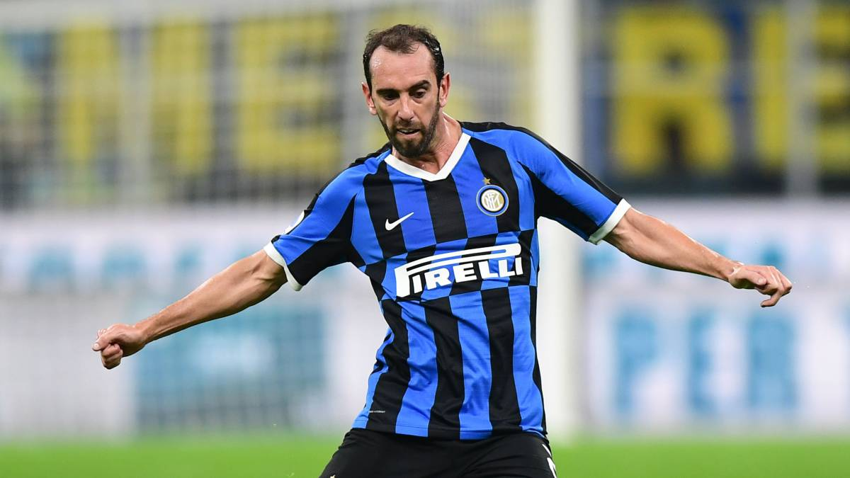 Godín-leaves-Inter:-he-is-one-step-away-from-Cagliari