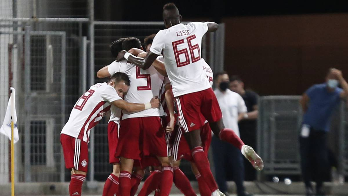 Olympiacos-reconquer-the-Cup-and-the-double