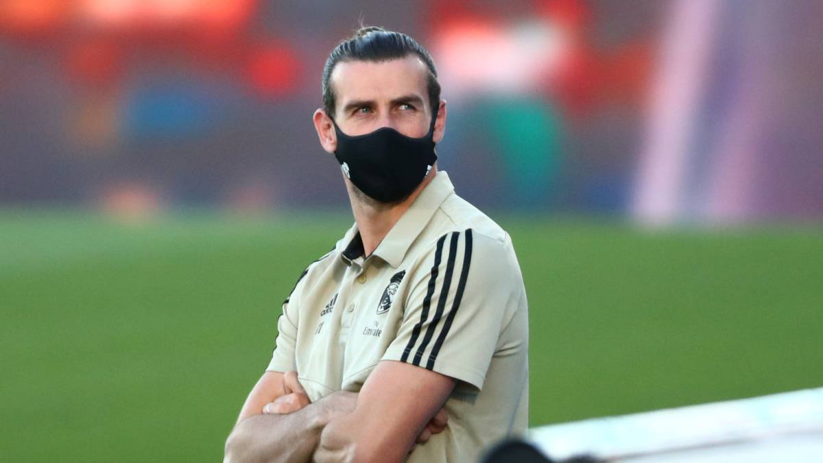 In-England-they-say-Tottenham-overtakes-United-in-the-race-to-sign-Bale