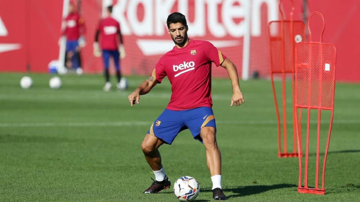 Transfer-market:-Luis-Suárez-Bale-Estupiñán-Reguilón-and-Murillo-...