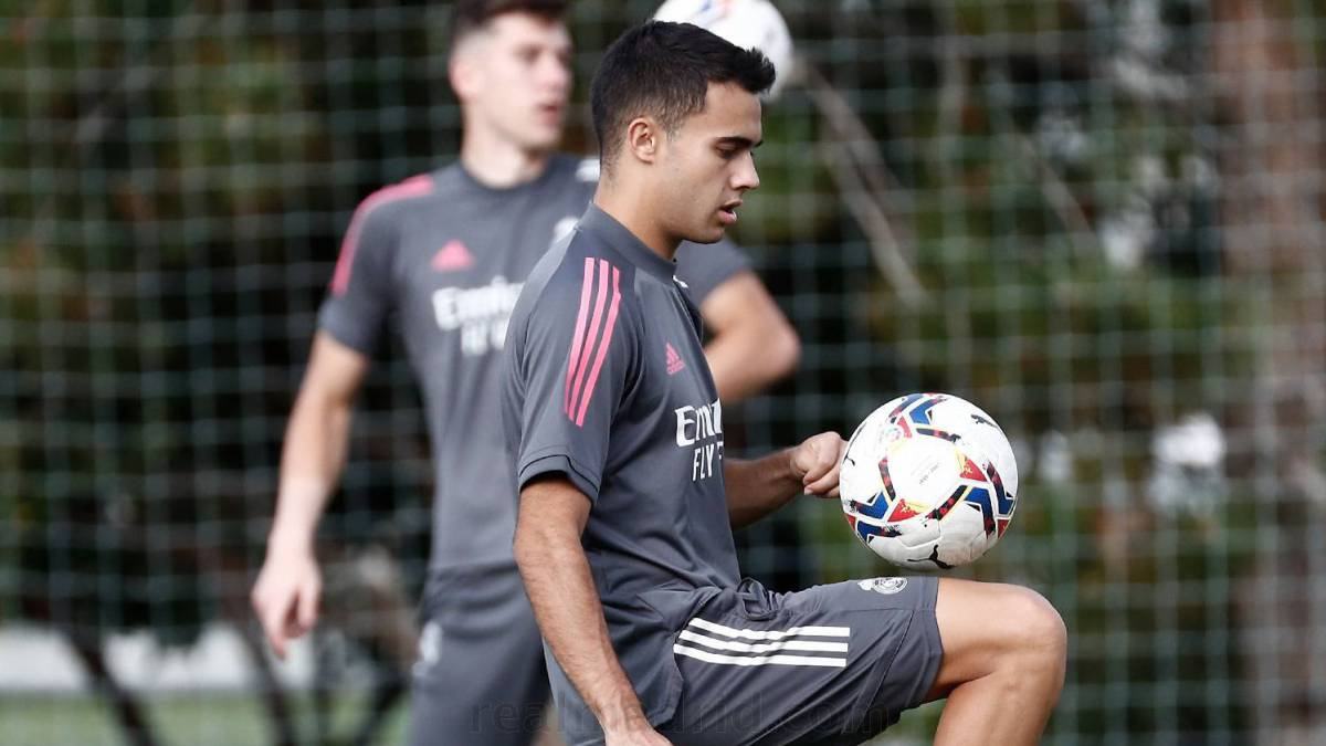 Reguilón-leaves-€-30M;-Madrid-can-play-it-back-for-10-more