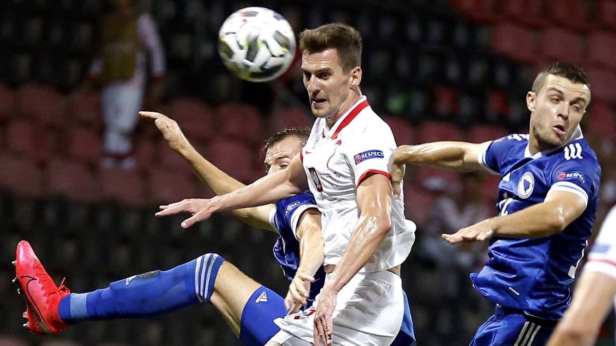 Milik-says-'yes'-to-Roma-and-Dzeko-approaches-Juve