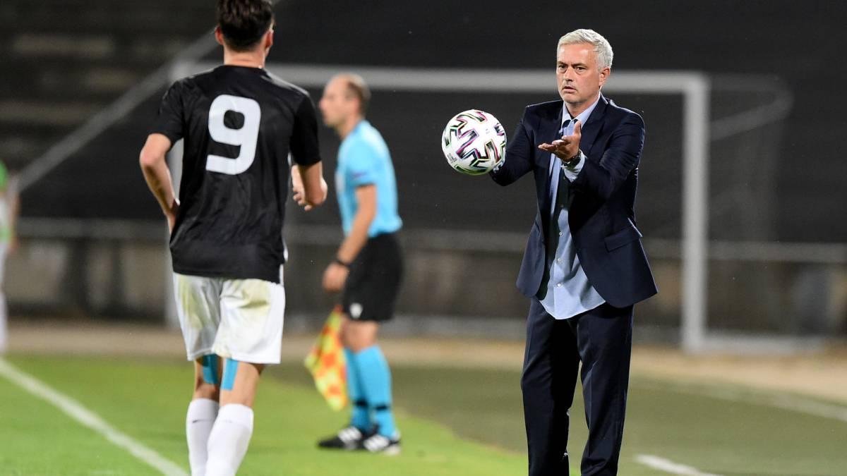 Mourinho-reaches-his-100th-win-in-Europe