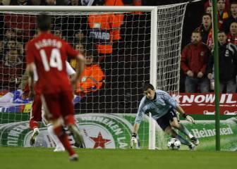 La pullita de Mascherano a Casillas con el 4-0 de Anfield 1