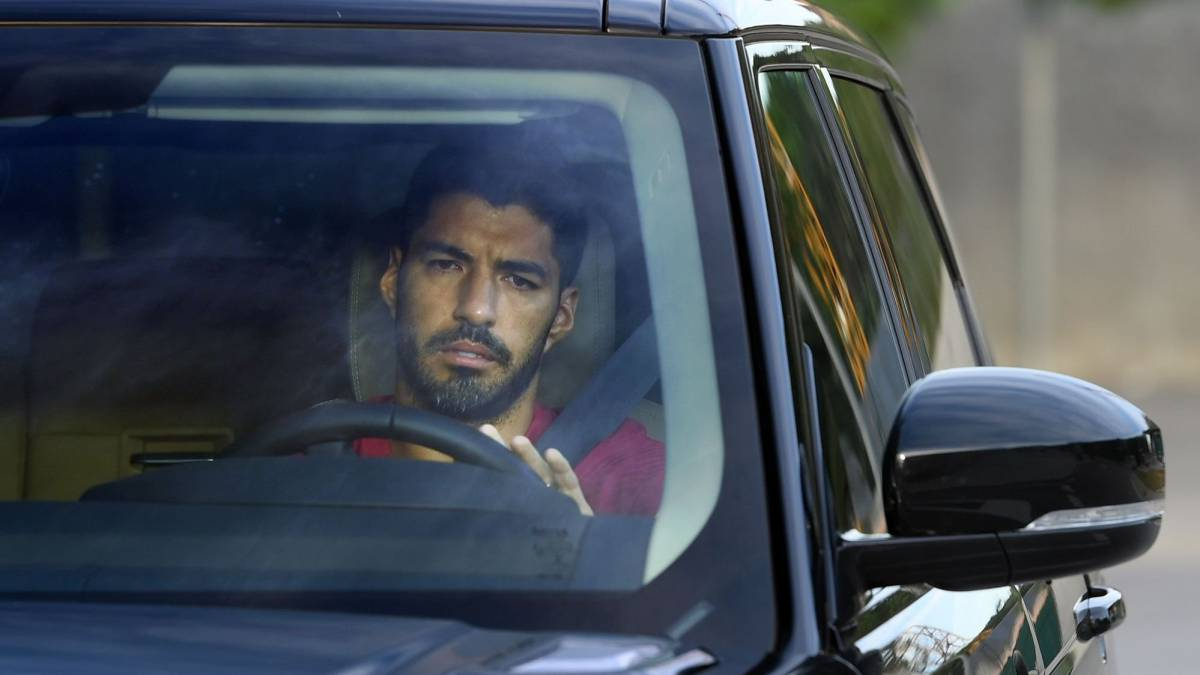 The-investigation-into-the-Luis-Suárez-exam-suspended