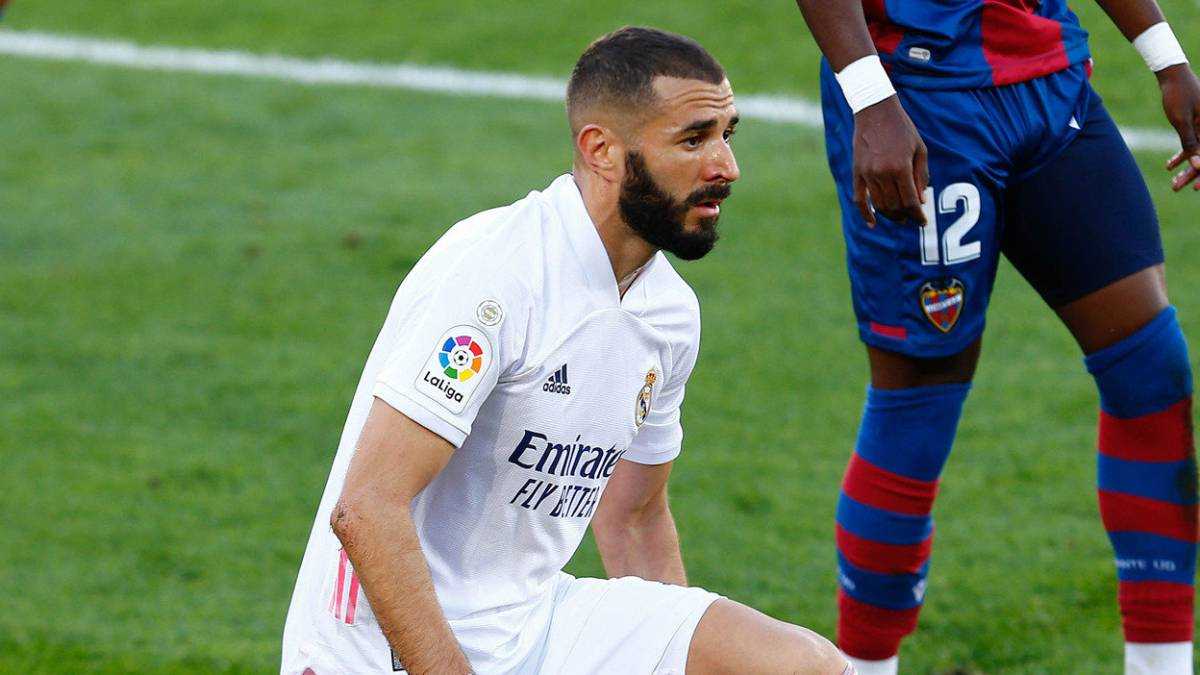 "Benzema:-""I-don't-consider-myself-a-9-but-a-complete-player"""