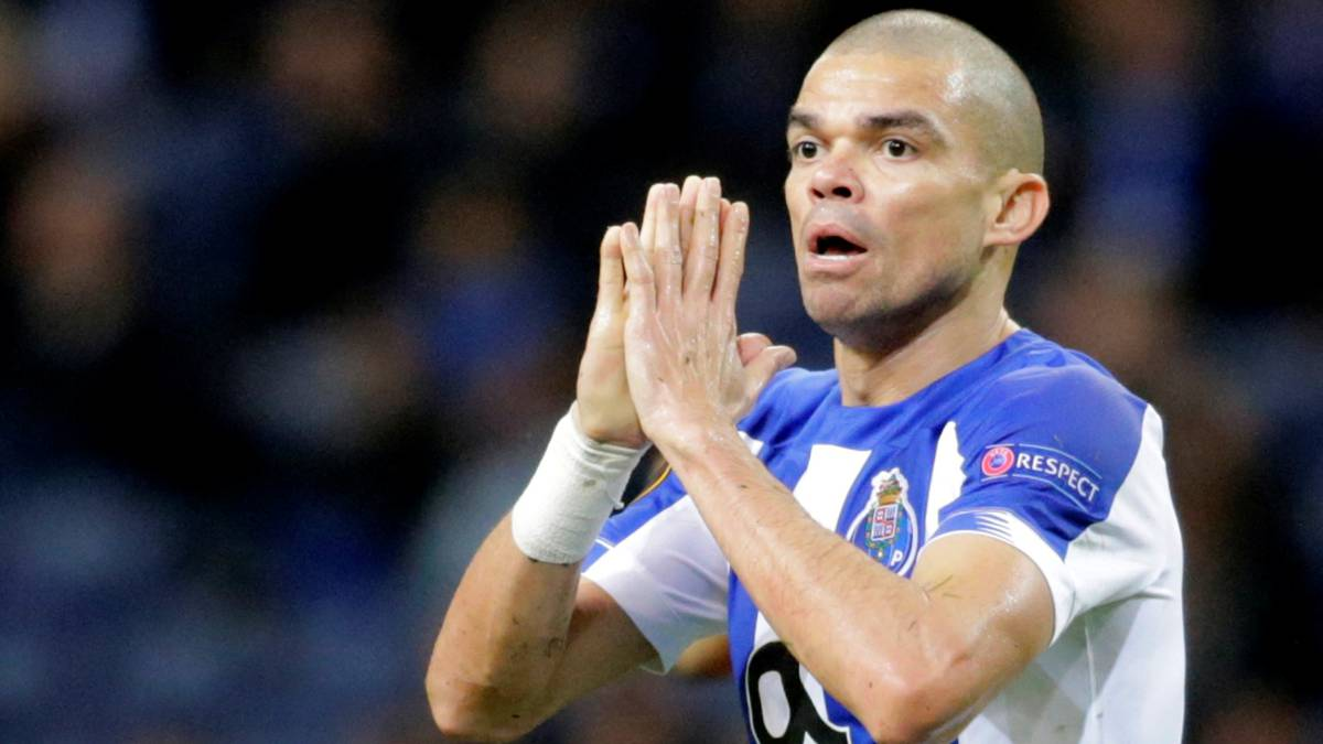 Pepe-rules-in-Porto