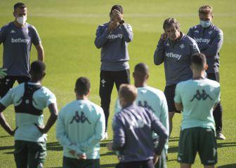 ¿Sidnei o Víctor Ruiz? El Betis busca un central para Bilbao