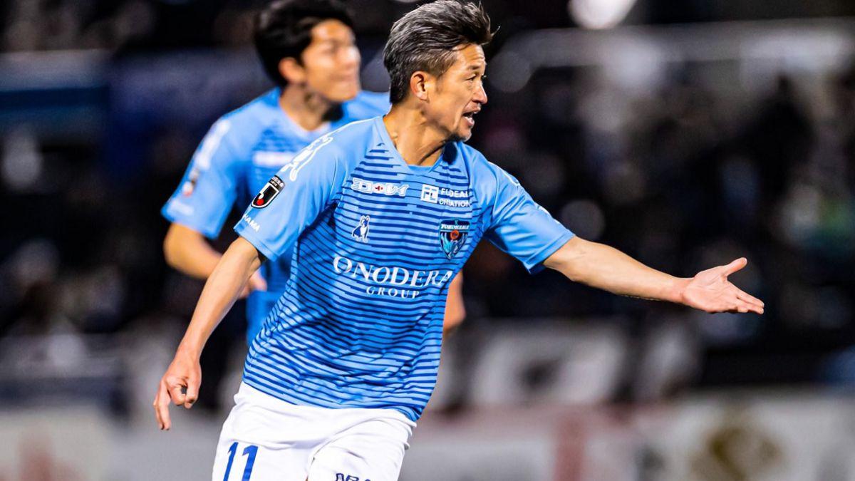 The-legendary-Kazu-Miura-renews-and-will-play-at-54
