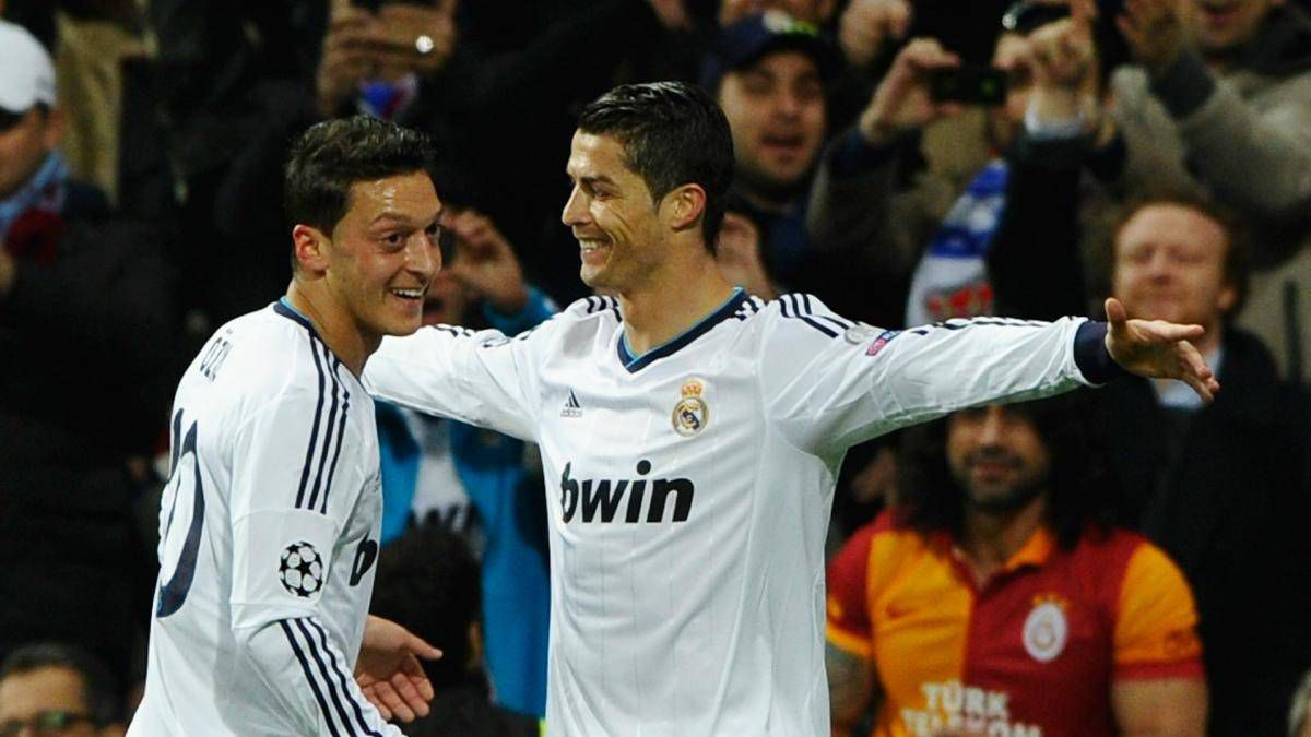 Özil-reveals-why-he-considers-Cristiano-better-than-Messi