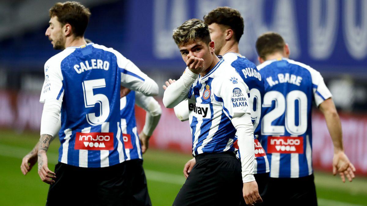 Nico-Melamed-falls-in-love-with-Espanyol