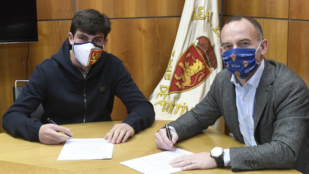 Official:-Iván-Azón-renews-until-2024