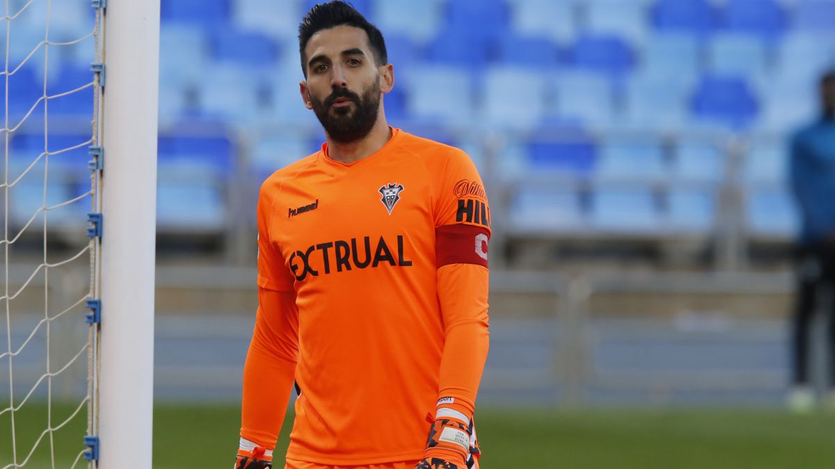Tomeu-Nadal-the-only-Albacete-player-who-has-played-every-minute