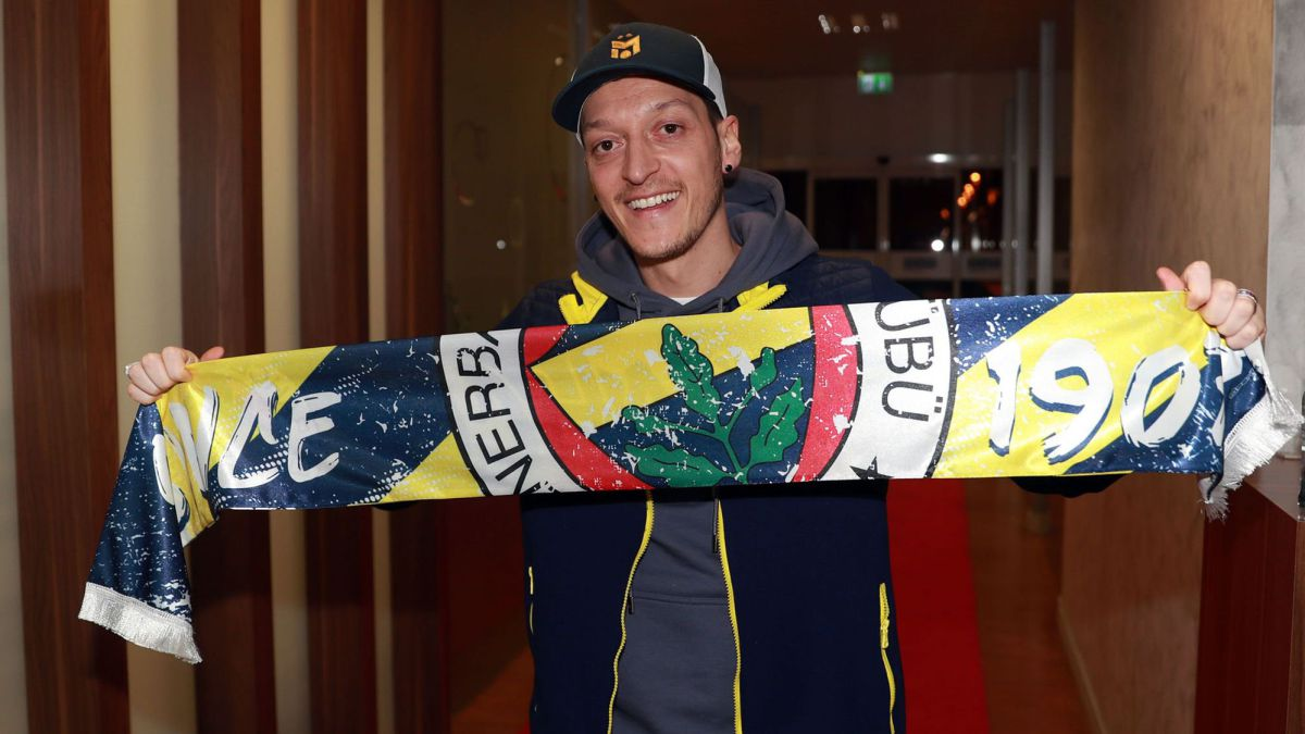 """Özil:-""""God-wanted-me-to-play-for-Fenerbahce"""""""