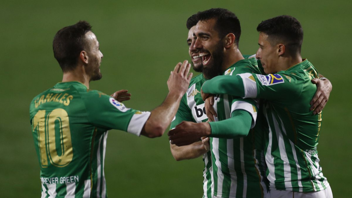 Joel-and-Borja-sign-up-and-Betis-gets-closer-to-Europe