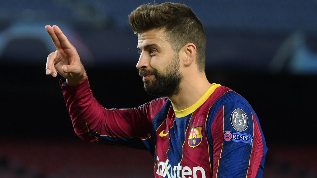 """Piqué:-""""85%-of-the-referees-are-from-Madrid-how-are-they-not-going-to-whistle-in-favor?"""""""