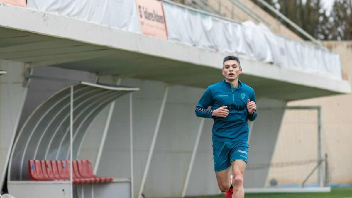 Dani-Torres-already-trains-on-his-return-with-Albacete