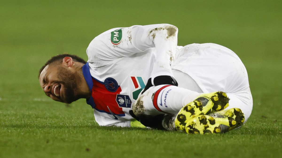 Neymar-alarm:-he-is-injured-six-days-after-playing-against-Barça