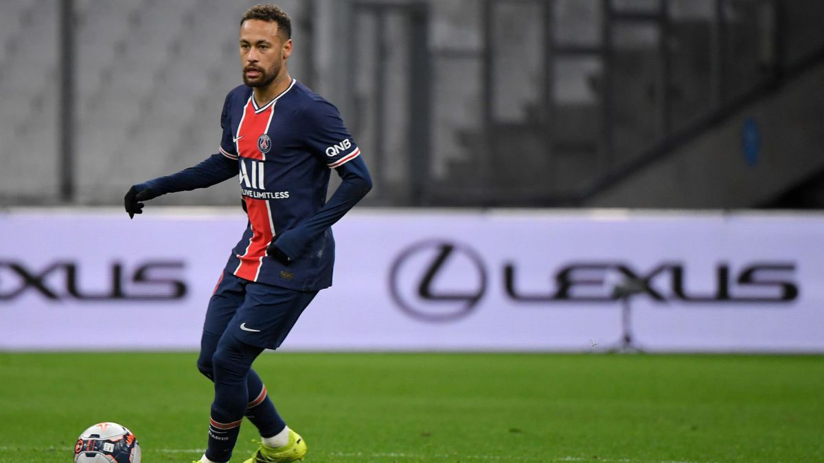 PSG-win-in-the-Cup-and-Neymar-gives-the-scare