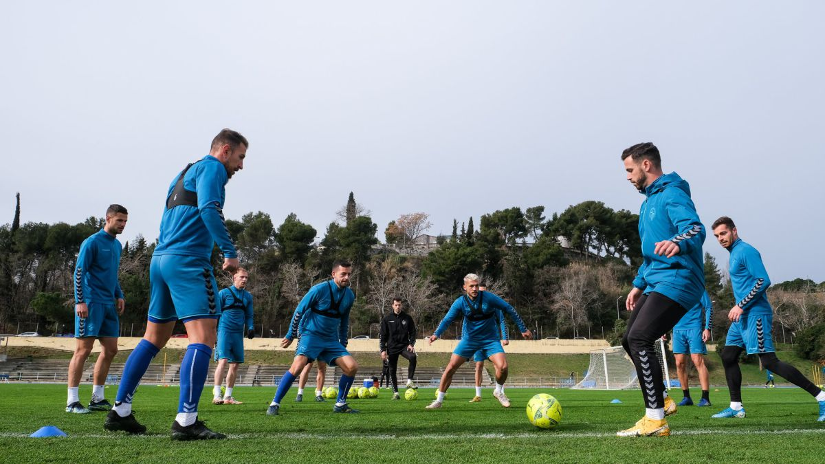 Sabadell-and-Zaragoza-measure-their-streaks-in-search-of-salvation