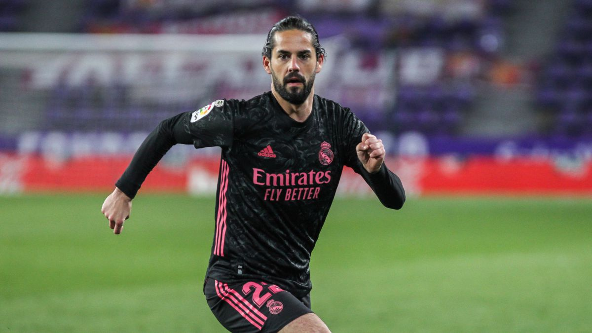 The-signing-is-Isco