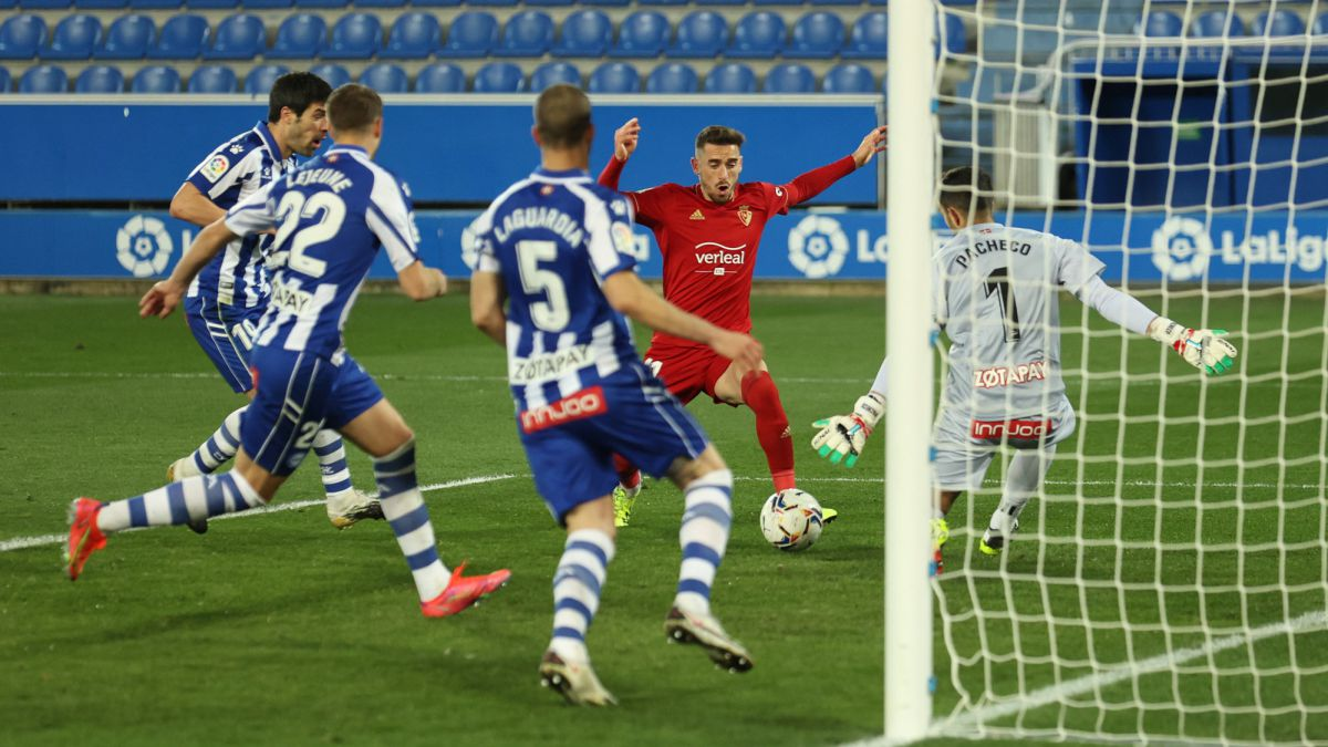 Barja-relieves-Osasuna-and-puts-Alavés-on-the-edge-of-the-abyss