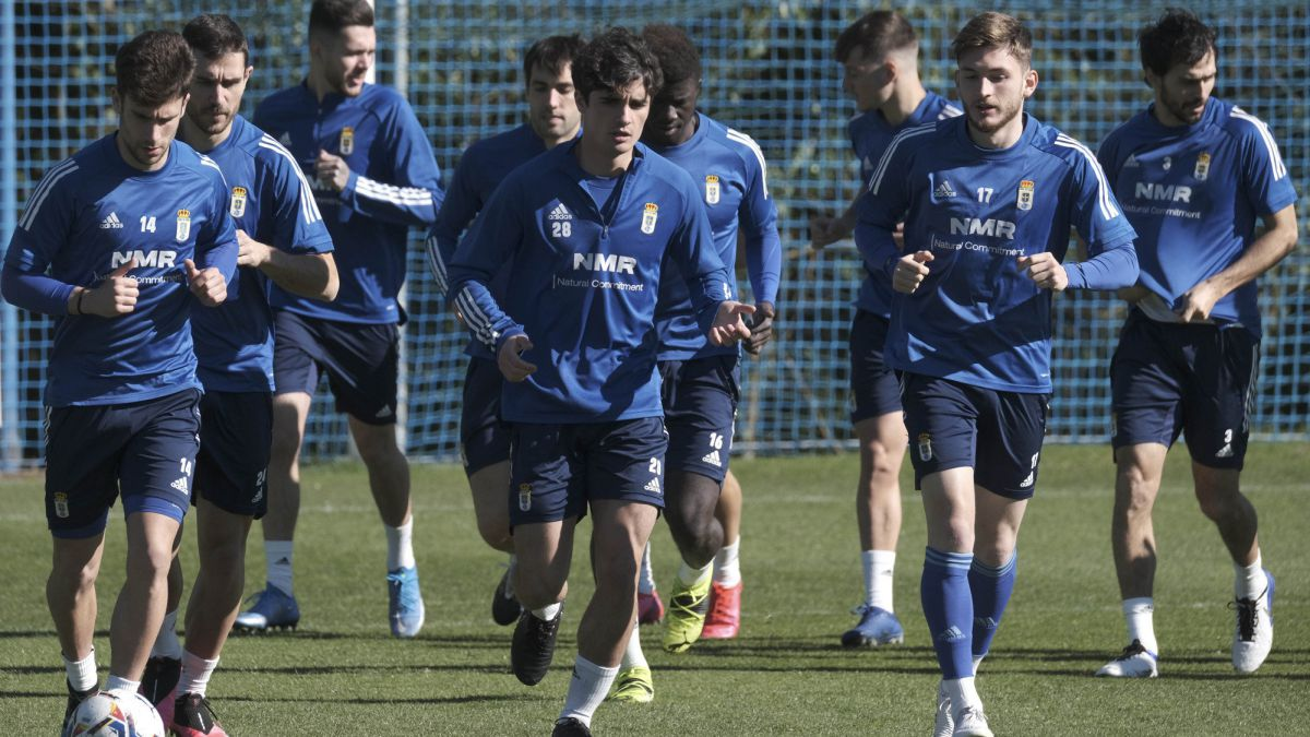 Oviedo-and-Zaragoza-historical-in-trouble-in-the-Tartiere