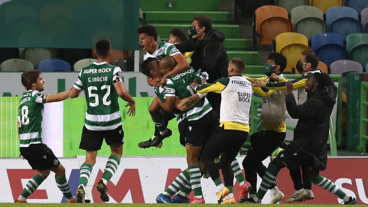 Coates-rescues-Sporting