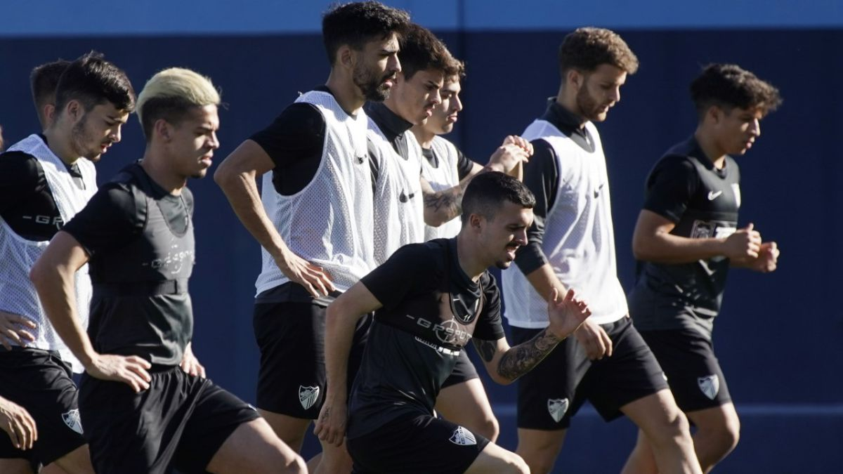 Hidalgo-returns-to-La-Rosaleda-against-Málaga-without-Chavarría
