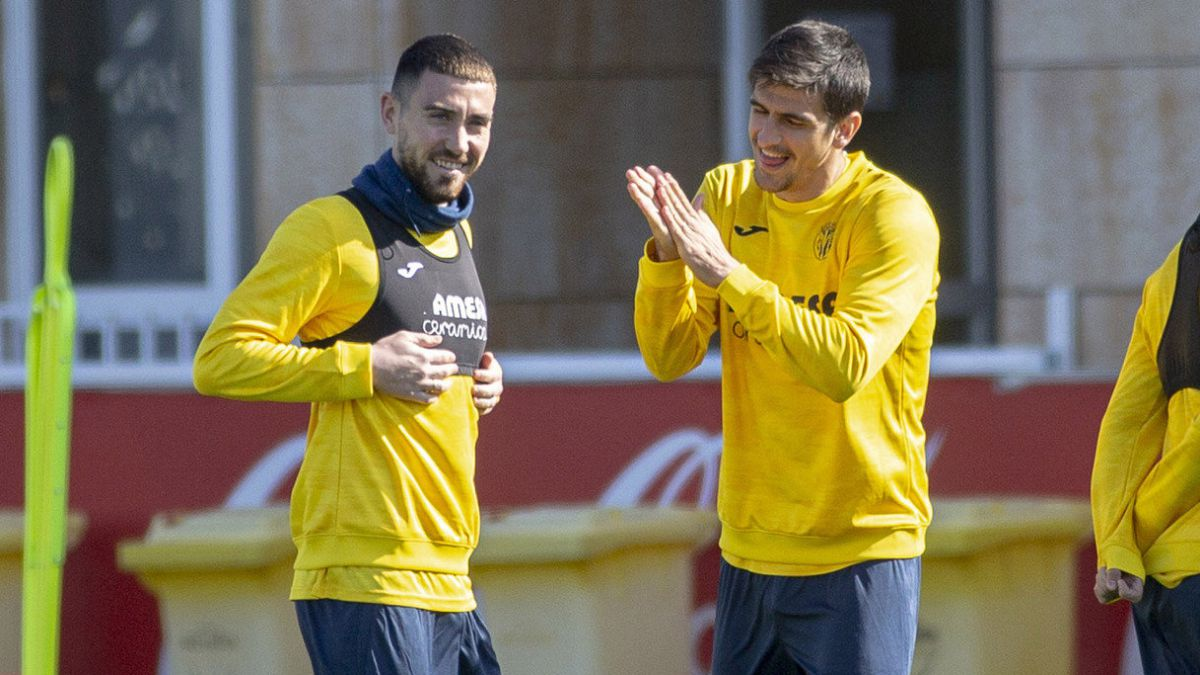 A-final-for-Villarreal-before-all-a-'coconut'-and-19,700-fans