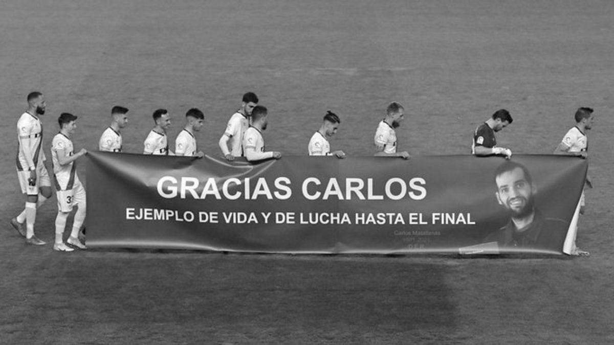 El-Rayo-pays-an-emotional-tribute-to-Carlos-Matallanas