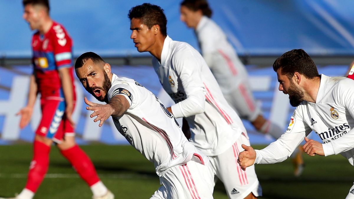 Only-Benzema-wants-the-League